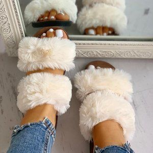 Shoes - Fluffy Open Toe Sandals